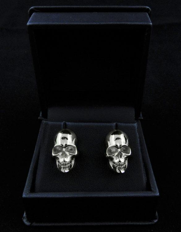 silver-skull-earings